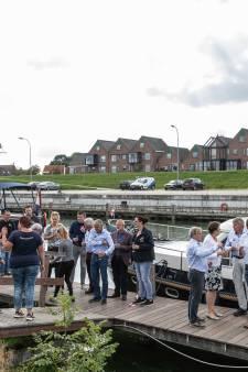 Opgeknapte steiger in haven van Tholen biedt passant een mooier uitzicht op het stadje