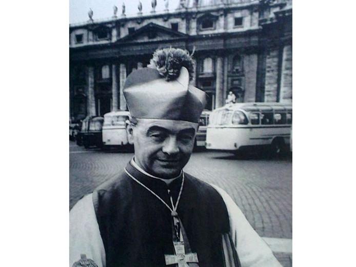 Monseigneur Bekkers.