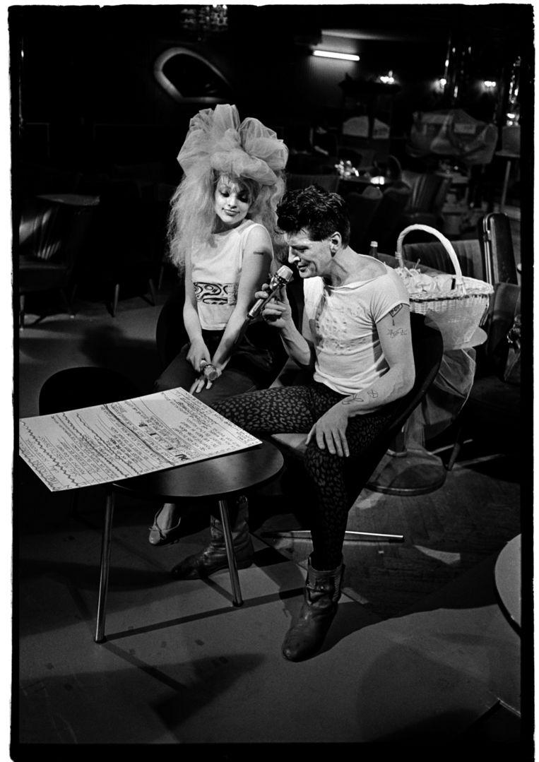 Herman Brood met Nina Hagen in Hamburg, 1986. Beeld Gerard Wessel