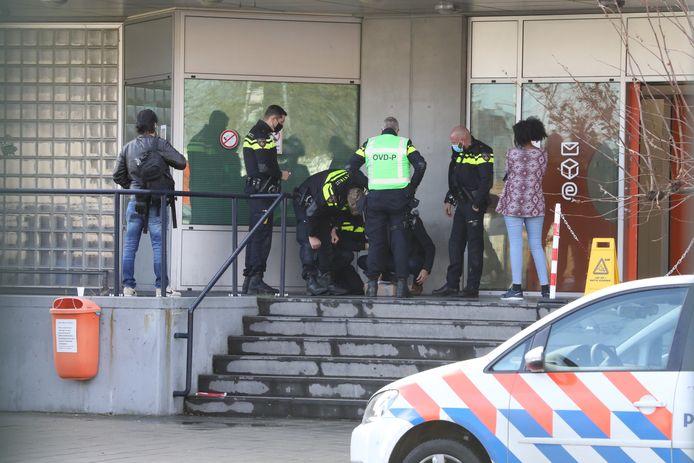 In het pakket in Den Haag bleken lege granaathulzen te zitten.