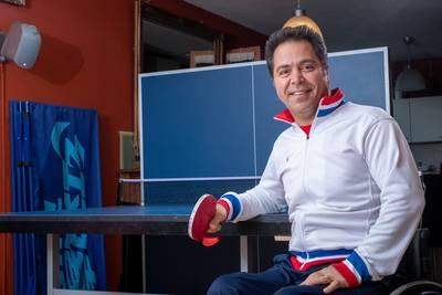 Aan het sporttalent van Reza ligt het niet, maar wie helpt hem naar de Paralympics?