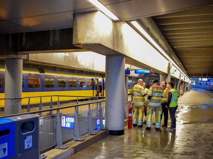 Wateroverlast op station Utrecht CS.