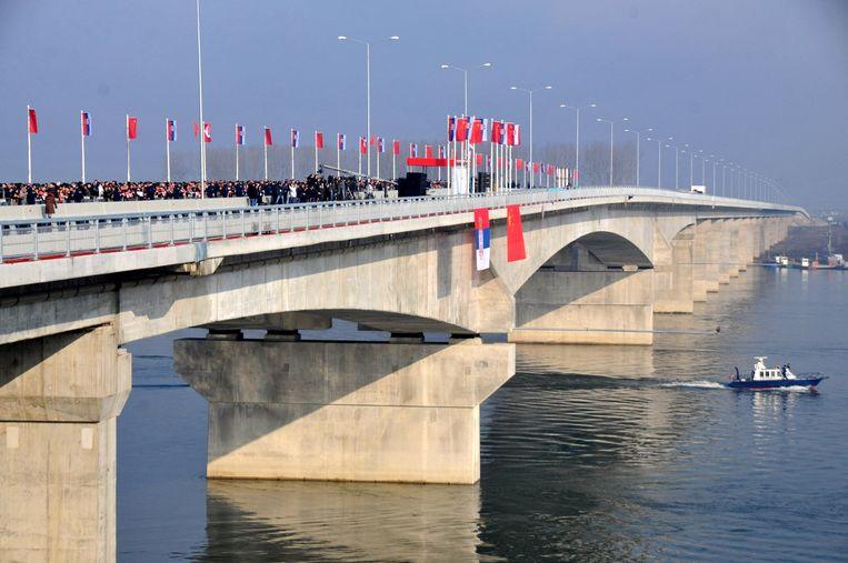 De Pupin-brug over de Donau in Belgrado werd gebouwd door een Chinees bedrijf en geopend in december 2014. Beeld Getty Images