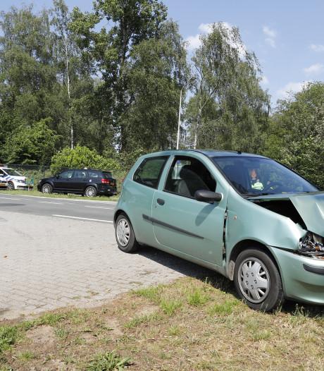 Vrouw gewond bij kop-staartbotsing in Heijen