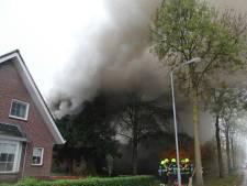 Brand in Dodewaardse bungalow, bewoners niet thuis