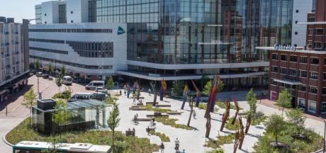 MST in Enschede slecht bereikbaar, bezoekers rijden zich massaal vast