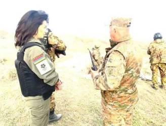 Echtgenote premier Armenië meldt zich voor gevechtstraining