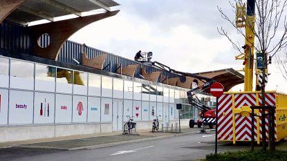 Hema-filiaal in Brugge blijft noodgedwongen gesloten nadat dak gaat vliegen door hevige rukwinden