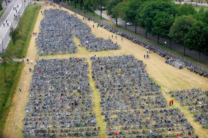 Veel bezoekers komen op de fiets.