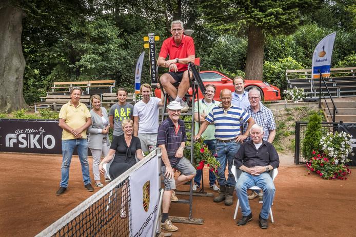 De vrijwilligers en andere betrokkenen bij Ready zijn klaar voor het vierde Future Toernooi.
