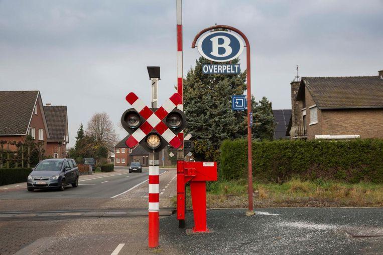 Het station van Overpelt ligt op amper een kilometer verder.