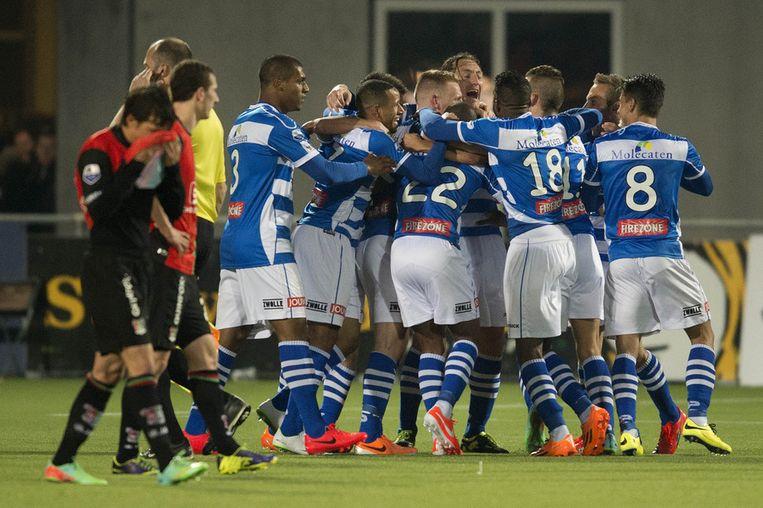 PEC Zwolle spelers vieren de 2-1 overwinning op NEC Nijmegen in de halve finale voor de KNVB Beker Beeld anp