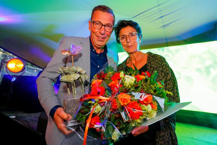 John van Doormalen, samen met echtgenote Rianne, is verkozen tot ondernemer van het jaar .