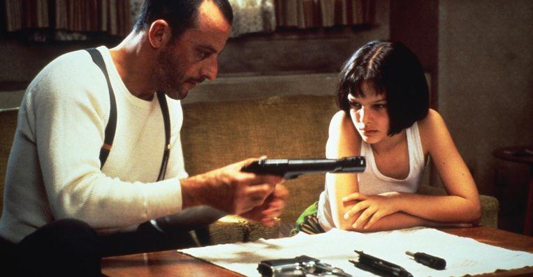 Jean Reno en Nathalie Portman in Léon (Luc Besson, 1994). Beeld