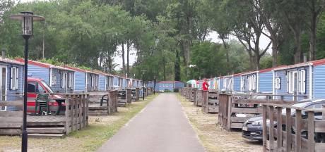 Vakantiepark Marina Beach Hoek verkocht voor ruim zestig miljoen euro, eigenaren bungalows in het ongewisse