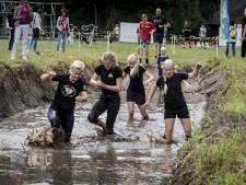 Ploeteren en klauteren op vijfde Ultimate Buffalo in Enschede
