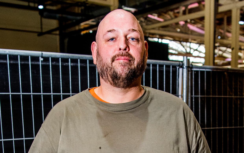 Voormalig rapper en dichter op radiostation FunX Tim Beumers organiseert opkomstcampagnes.