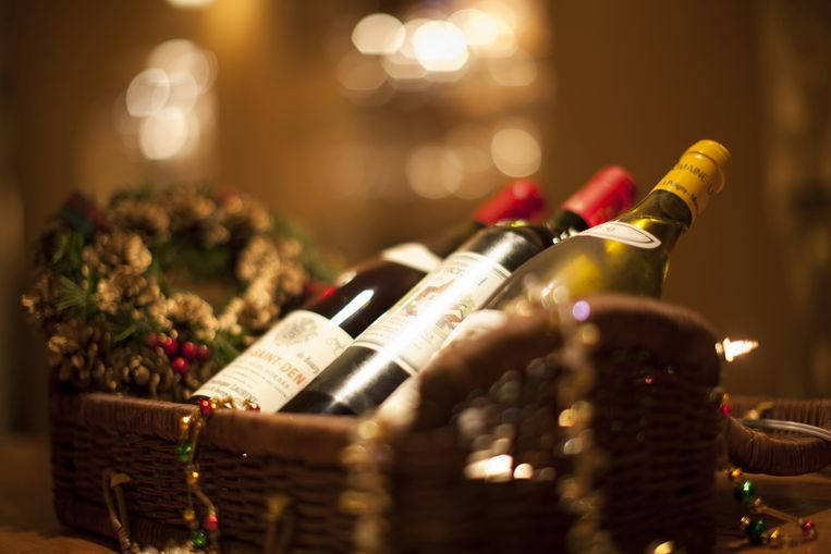 Een goede fles wijn is altijd een geschikt cadeau, maar met deze originele gadgets scoor je zeker!