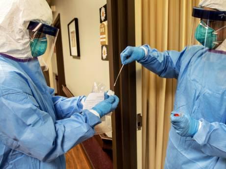 Des dermatologues alertent la population sur des réactions cutanées symptomatiques du Covid-19
