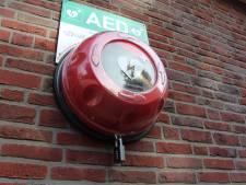Vijf mensen uit Breda en omgeving aangehouden na diefstallen van AED's in de regio