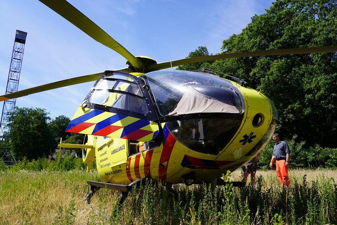 De traumahelikopter landde ter assistentie in Dorst.