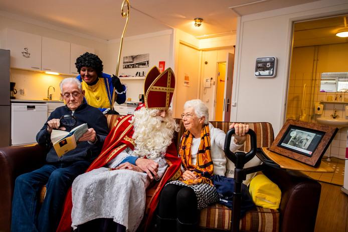 Na Overschie heeft Prins Alexander nu ook zijn eigen comfortwoning, waar ouderen zien met welke technologische snufjes zij langer veilig thuis kunnen wonen.
