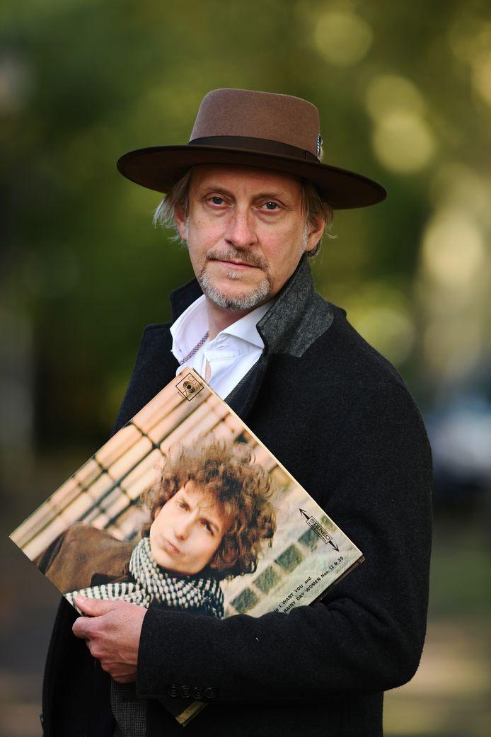 Culemborger Harm Peter Smilde schreef een boek over mensen die wel of niet iets hebben met Bob Dylan.