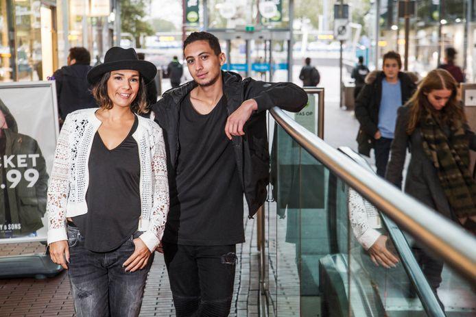 Amy Scholten en Omar Abdelkarim hebben de opnames voor Hunted achter de rug. Over de afloop van het tv-programma mogen ze niks verklappen.