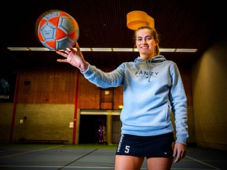 Korfbalster en influencer Sanne zelf ook verrast door nieuwe carrière