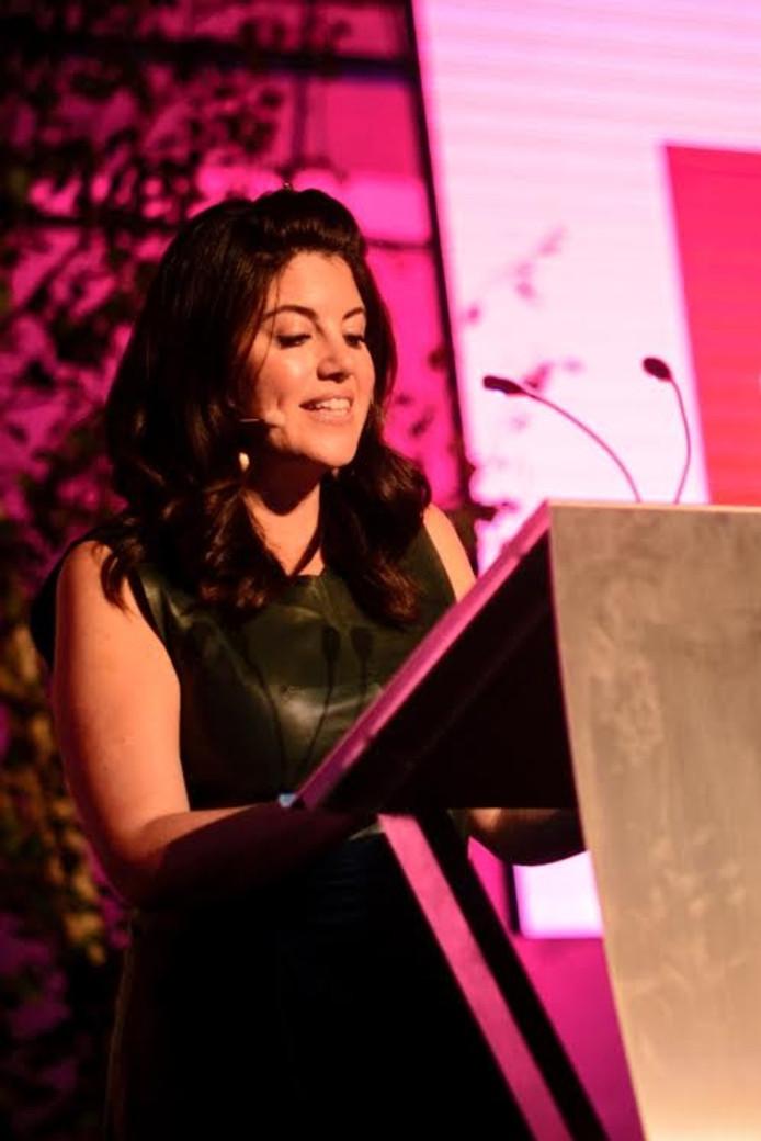 Monica Lewinsky in de LocHal. Foto Jostijn Ligtvoet Fotografie