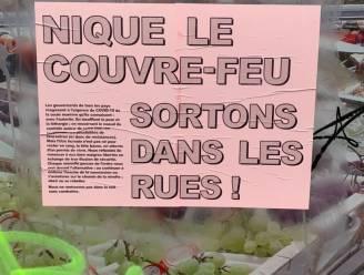 """'Fuck de avondklok'-affiche duikt op in Sint-Gillis, maar """"Overtreding leidt vanaf dag 1 tot pv"""", reageert Brusselse politie"""