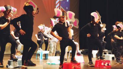 Grootouderfeest basisschool Graaf van Egmont in foto's