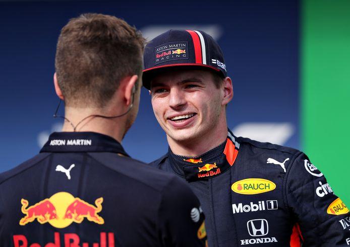 Een blije Max Verstappen pakte gisteren in de kwalificatie pole position.