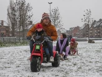 Sneeuw! En daar geniet jong en oud van
