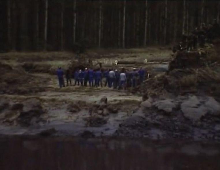 Uit de reportage van Willy Verworst over de laatste dijkbreuk en het daaropvolgende Sigmaplan. De breuk in de dijk.