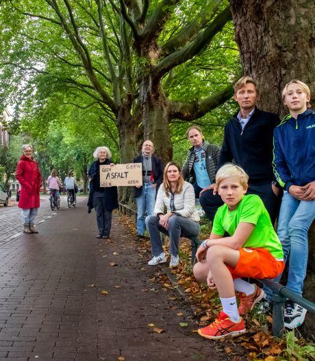 Bewoners Weerdsingel in verzet tegen rood asfalt voor fietsers: 'Dan gaan auto's harder rijden en wordt het juist onveiliger'