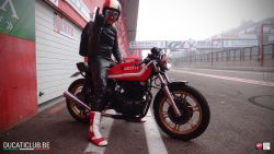 """Gert overlijdt na aanrijding met mobilhome in Frankrijk: """"Hij stierf op zijn motor. Veel te vroeg maar wel toen hij gelukkigst was"""""""