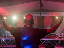 Na vuurzee tijdelijk onderkomen voor DJ School Steenwijk