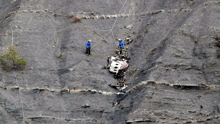 Reddingswerkers op de berg waar de Airbus van Germanwings neerstortte.