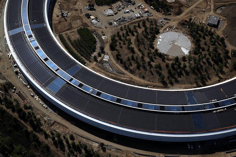 het nieuwe hoofdkantoor van Apple in Cupertino.  Beeld Getty Images
