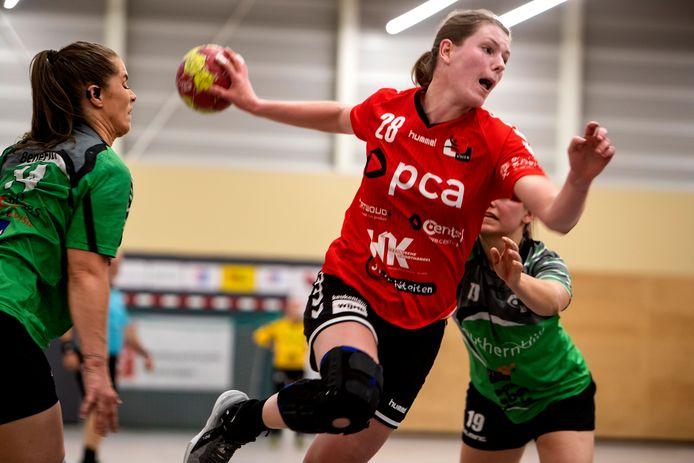 Marit Winkels - namens Kwiek tegen BFC - moet met teamgenote Floor Tutert een stage met Oranje O20 doorstrepen.