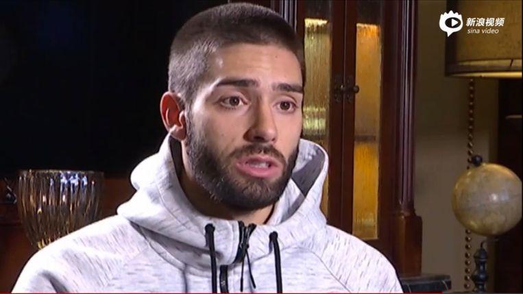 Yannick Carrasco biedt verontschuldigingen aan na neusbreuk ploegmaat