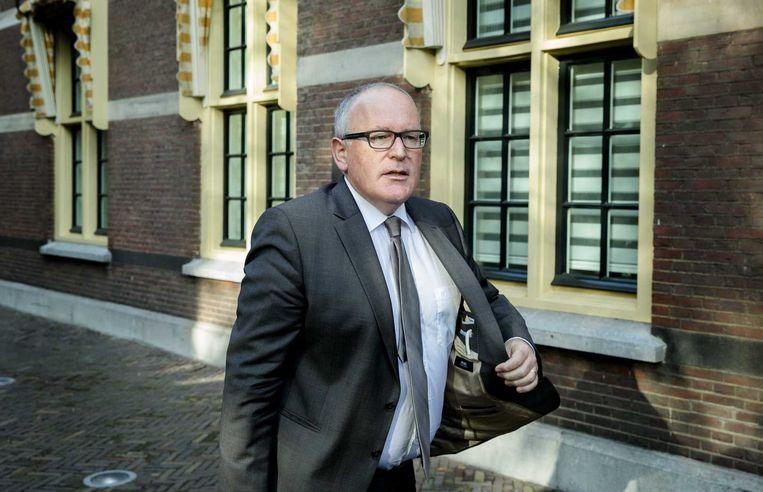 Minister Frans Timmermans van Buitenlandse Zaken arriveert op het Binnenhof voor de wekelijkse ministerraad. Beeld anp