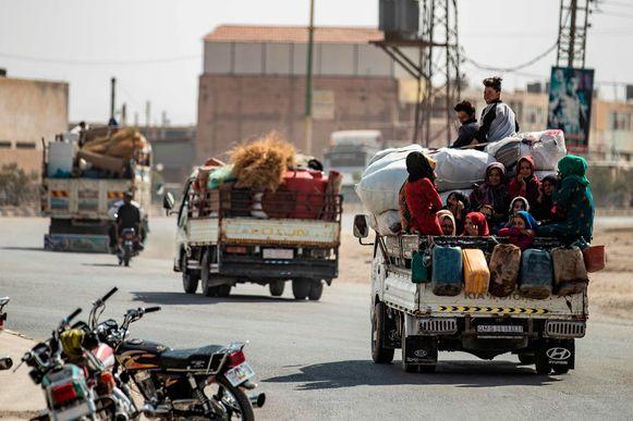 Volgens de Verenigde Naties zijn zeker 100.000 burgers op de vlucht geslagen voor het geweld.