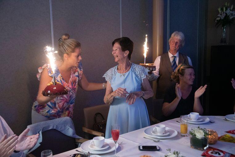 Eliane viert haar 90ste verjaardag in Merelbeke.