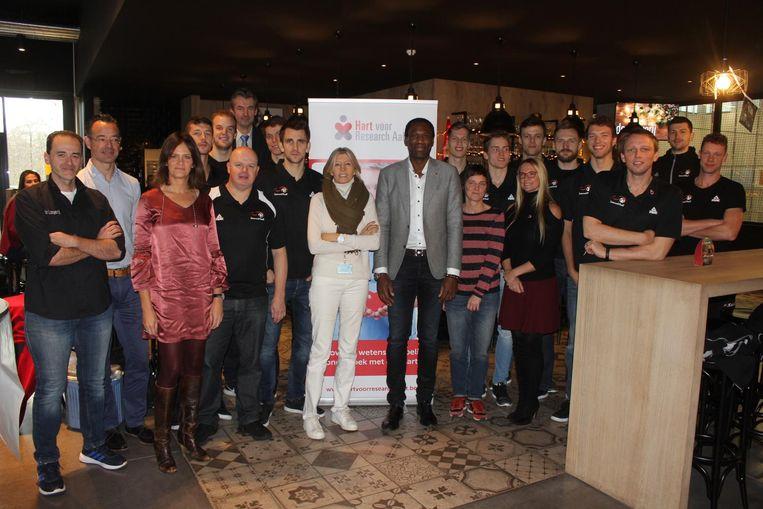 Het OLV-ziekenhuis, de stad en volleybalclub Lindemans Aalst slaan de handen in elkaar voor dit initiatief.