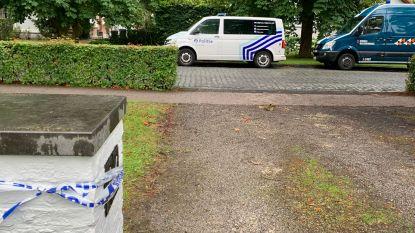 """Ellen Samyn (Vlaams Belang) uit Brasschaat krijgt ook verdachte enveloppe met poeder: """"Wil er niet aan denken dat er iets met ons zoontje zou gebeurd zijn"""""""