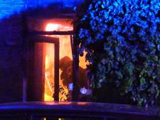 Politie ontvangt 'slechts' één tip over verwoestende brand bij woning Enschedees echtpaar