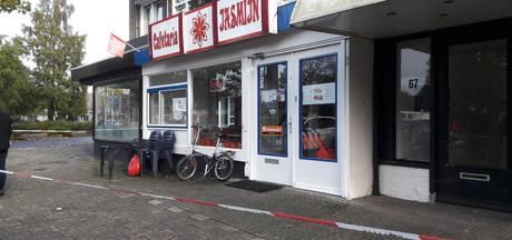Almelose cafetaria 3 uur na gijzeling alweer open: 'Het zijn harde werkers'