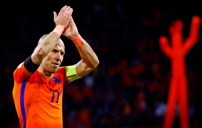 Aanvoerder Arjen Robben neemt afscheid van Oranje.